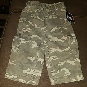 NWT Levi's Boys Camouflage Cargo Pants 24 Months